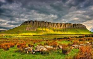 Удивительная гора в Ирландии