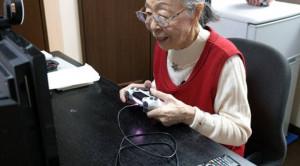 90-летняя геймерша