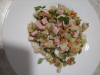 Домашний салат оливье